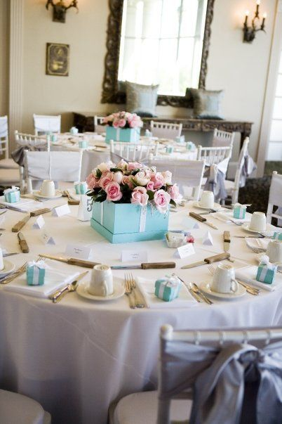 How to Plan a Classy Tiffany Blue Quinceanera - Quinceanera